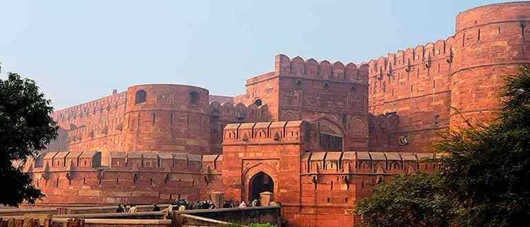 форты Дели и Агры