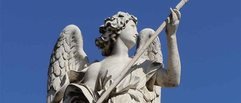 Скульптура ангела Микеланджело