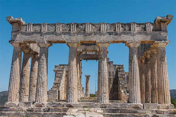 Храм Афины Афайи на Эгине;